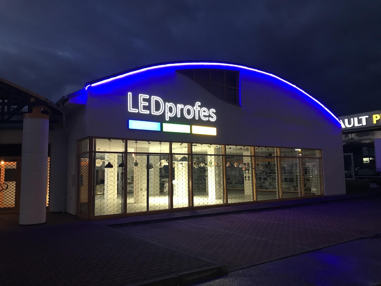 LED nasvětlení provozovny