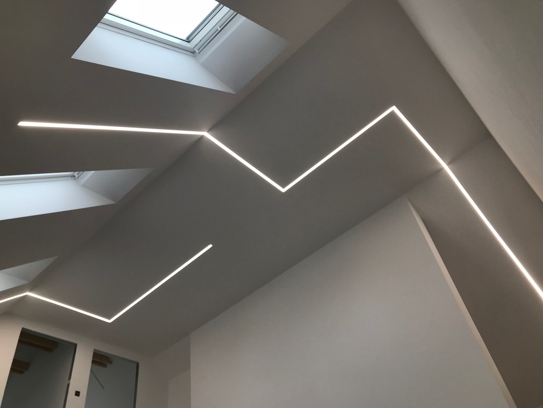 RD LED lineár sadrokarton